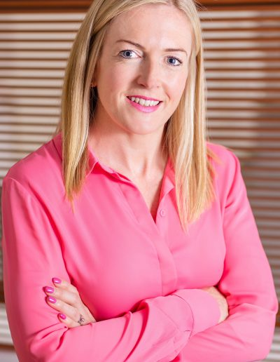 Gillian_Robb_Photography_busines_headshot_corporate_headshot